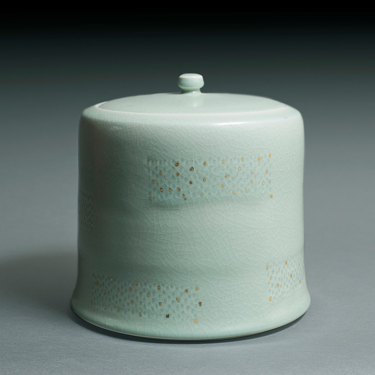 la collection caillat saint quentin la poterie club des collectionneurs de c ramique. Black Bedroom Furniture Sets. Home Design Ideas